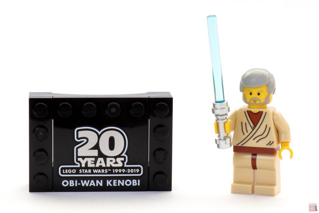 LEGO Star Wars 30624 Obi-Wan Kenobi Minifigur mit Lichtschwert und Sockel | ©2019 Brickzeit