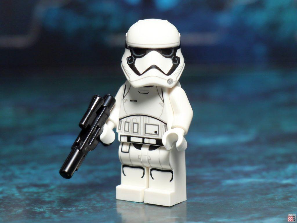 LEGO 75245 - First Order Stormtrooper, Vorderseite | ©2019 Brickzeit