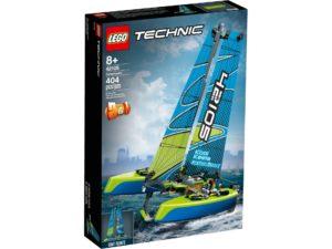 LEGO® Technic 42105 Catamaran   ©LEGO Gruppe