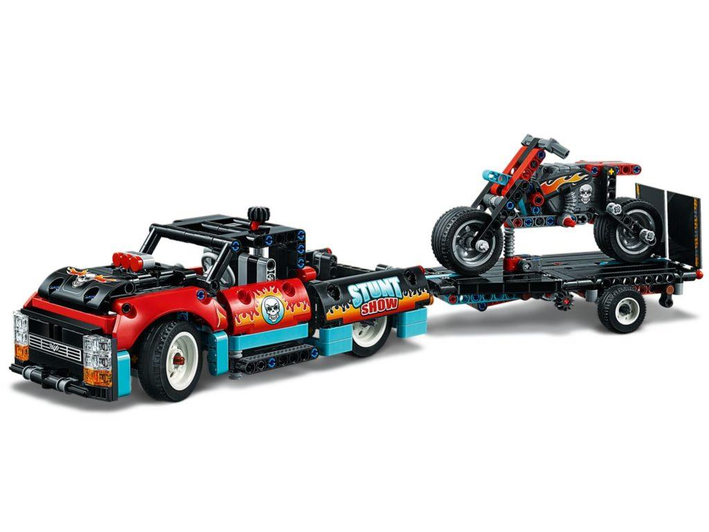 LEGO® Technic 42106 Stunt Show Truck & Bike | ©LEGO Gruppe