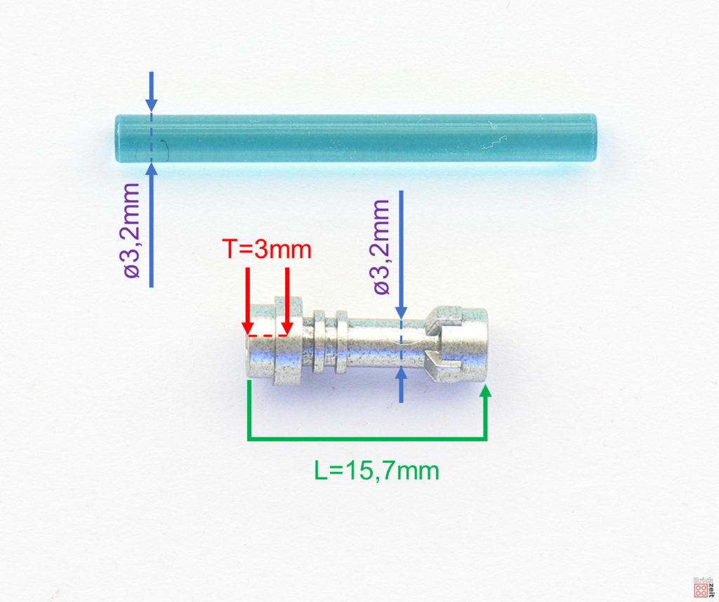 Maße eines LEGO® Lichtschwertgriffs | ©2020 Brickzeit