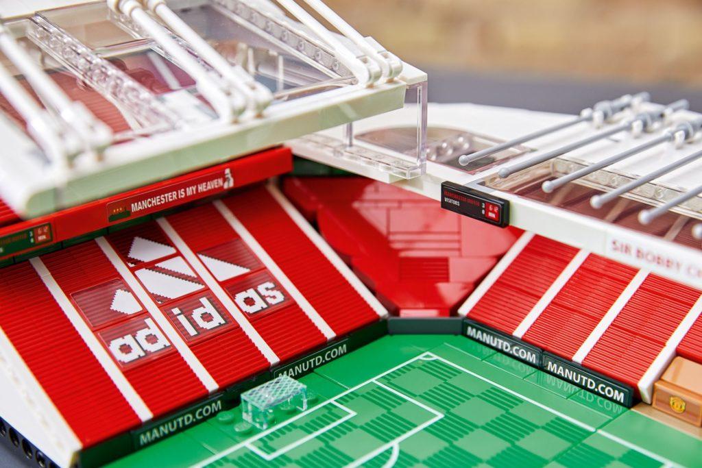 LEGO® Creator Expert 10272 Old Trafford - Manchster United | ©LEGO Gruppe