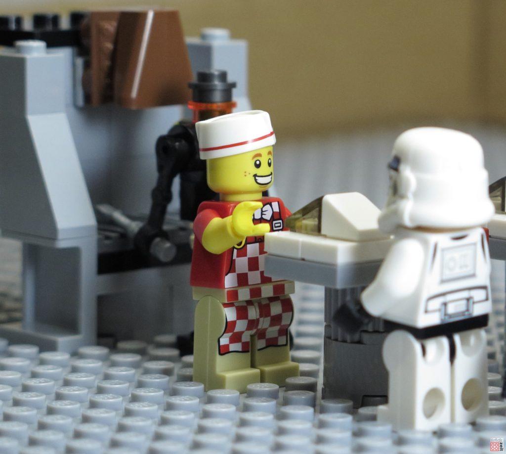 Freundliche Mitarbeiter sind Gold wert   ©2020 Brickzeit