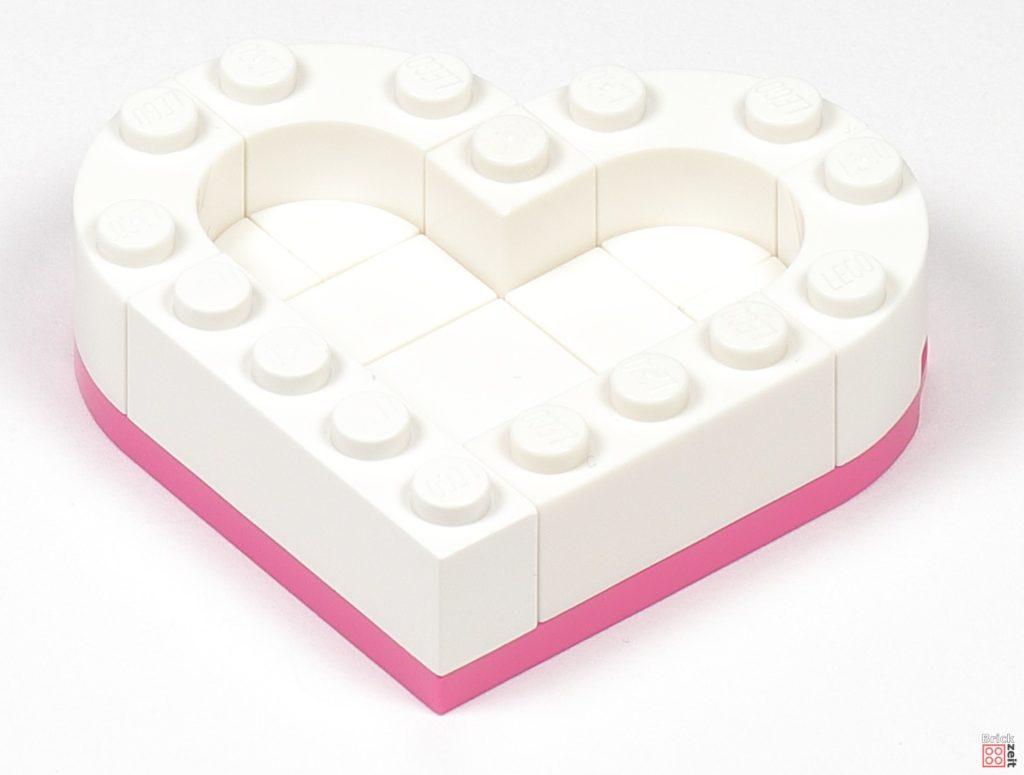 LEGO® Friends 30411 Pralinenschachtel & Blume - Bau 08 | ©2020 Brickzeit