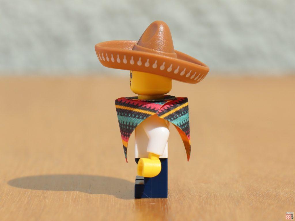 LEGO 71027 - Piñata-Junge (01) | ©2020 Brickzeit