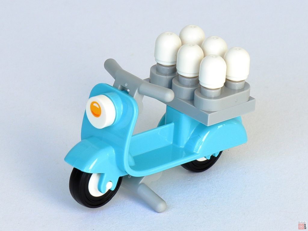 LEGO 853990 - Eierbecher auf Roller | ©2020 Brickzeit