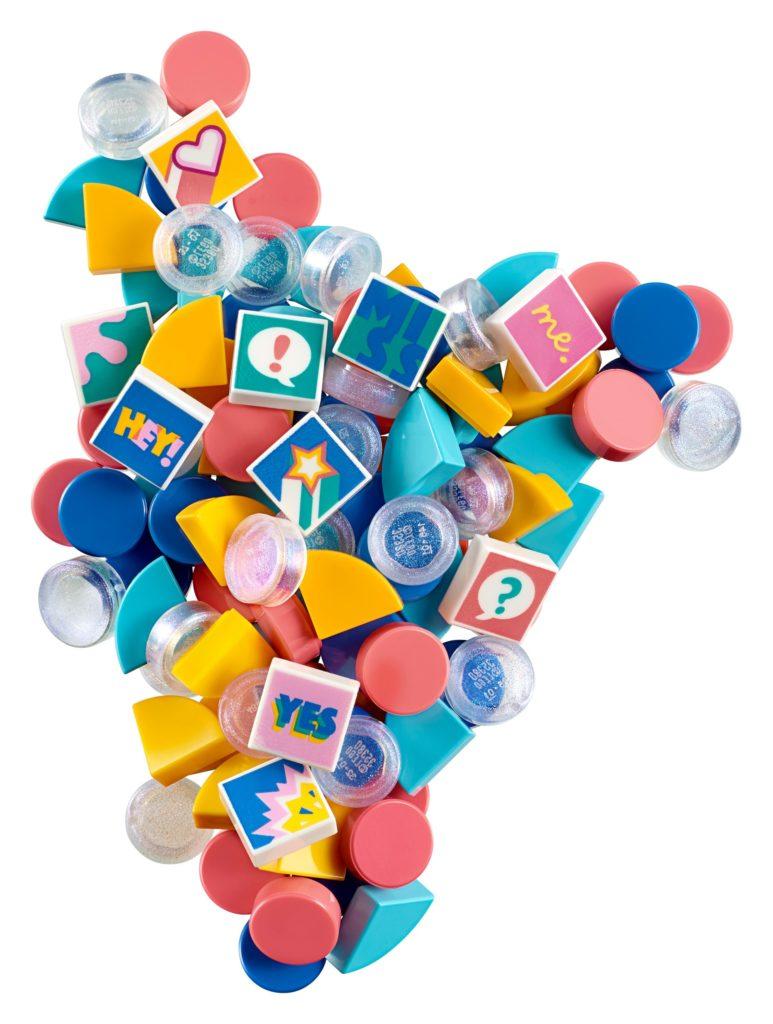 LEGO DOTS 41916 Armband Ergänzungsset Comic | ©LEGO Gruppe