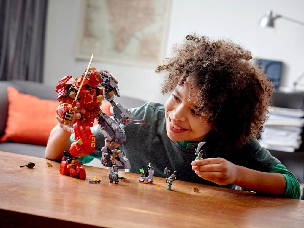 LEGO Ninjago 71720 Feuer-Stein-Mech | ©LEGO Gruppe