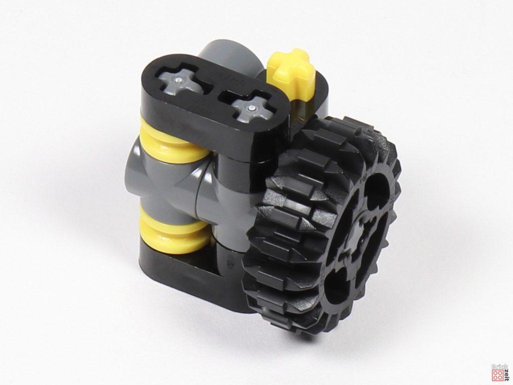 LEGO Star Wars 75275 - Bauabschnitt 01, Bild 16 | ©2020 Brickzeit