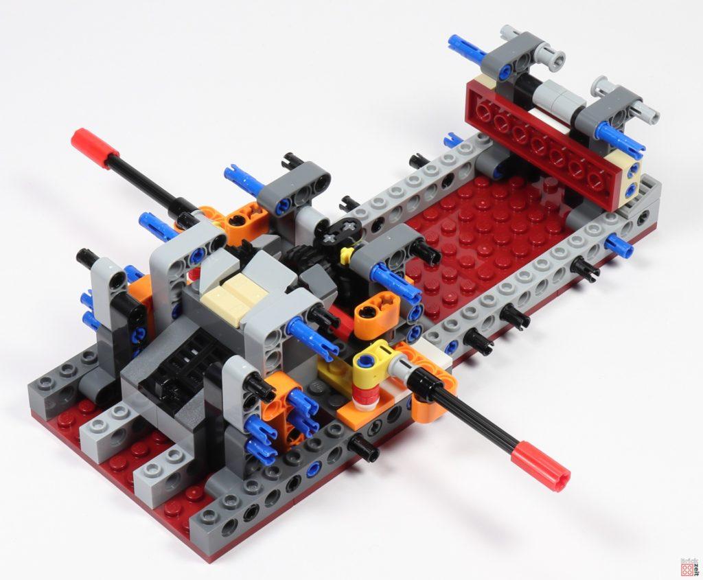 LEGO Star Wars 75275 - Bauabschnitt 02, Bild 03 | ©2020 Brickzeit