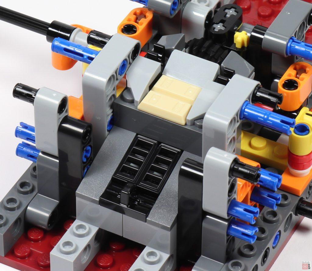 LEGO Star Wars 75275 - Bauabschnitt 02, Bild 04 | ©2020 Brickzeit