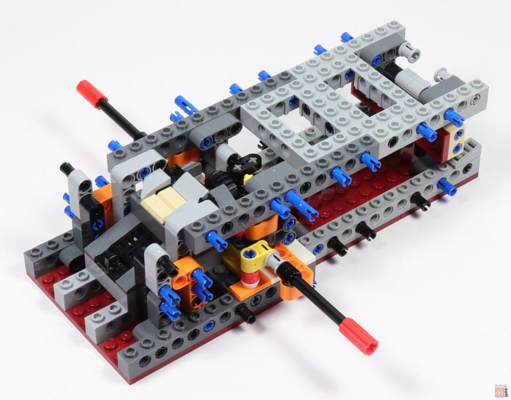 LEGO Star Wars 75275 - Bauabschnitt 02, Bild 06 | ©2020 Brickzeit