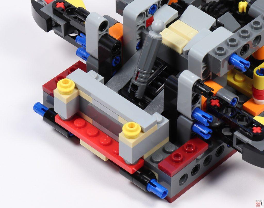 LEGO Star Wars 75275 - Bauabschnitt 02, Bild 12 | ©2020 Brickzeit