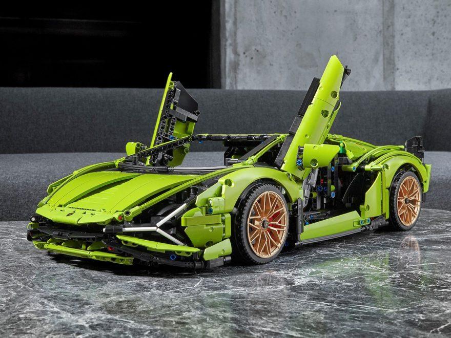 LEGO Technic 42115 Lamborghini SIÁN FKP 37 offiziell vorgestellt | ©LEGO Gruppe