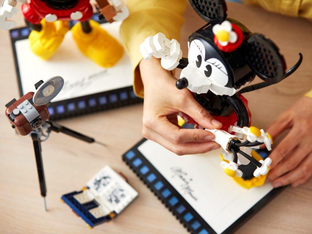 LEGO Disney 43179 Micky Maus und Minnie Maus   ©LEGO Gruppe