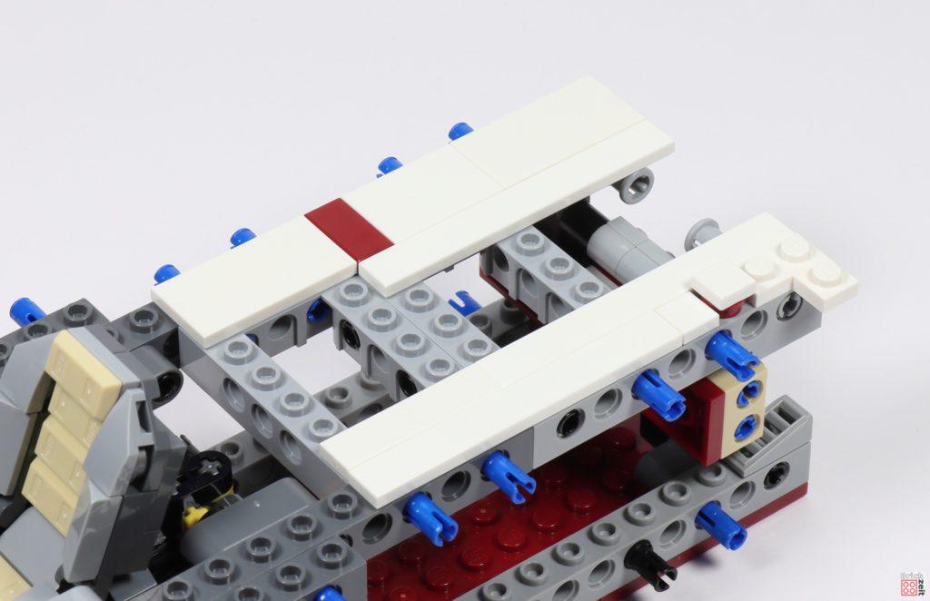 LEGO Star Wars 75275 - Bauabschnitt 04, Bild 04 | ©2020 Brickzeit