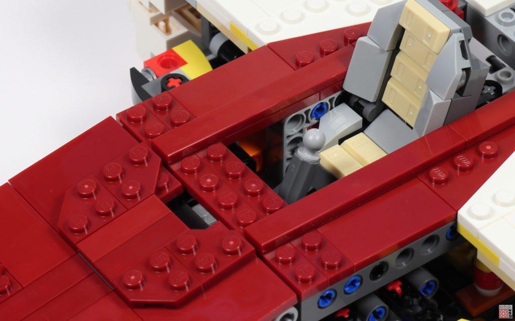 LEGO Star Wars 75275 - Bauabschnitt 04, Bild 20 | ©2020 Brickzeit