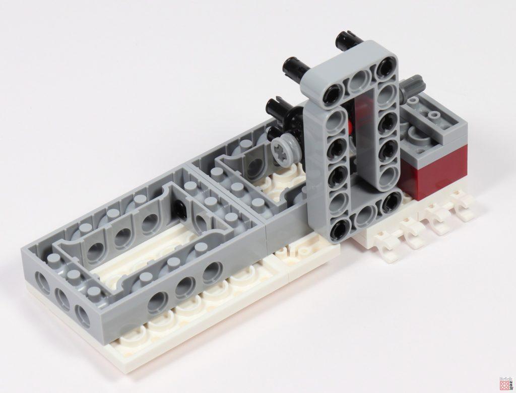 LEGO Star Wars 75275 - Bauabschnitt 05, Bild 09 | ©2020 Brickzeit