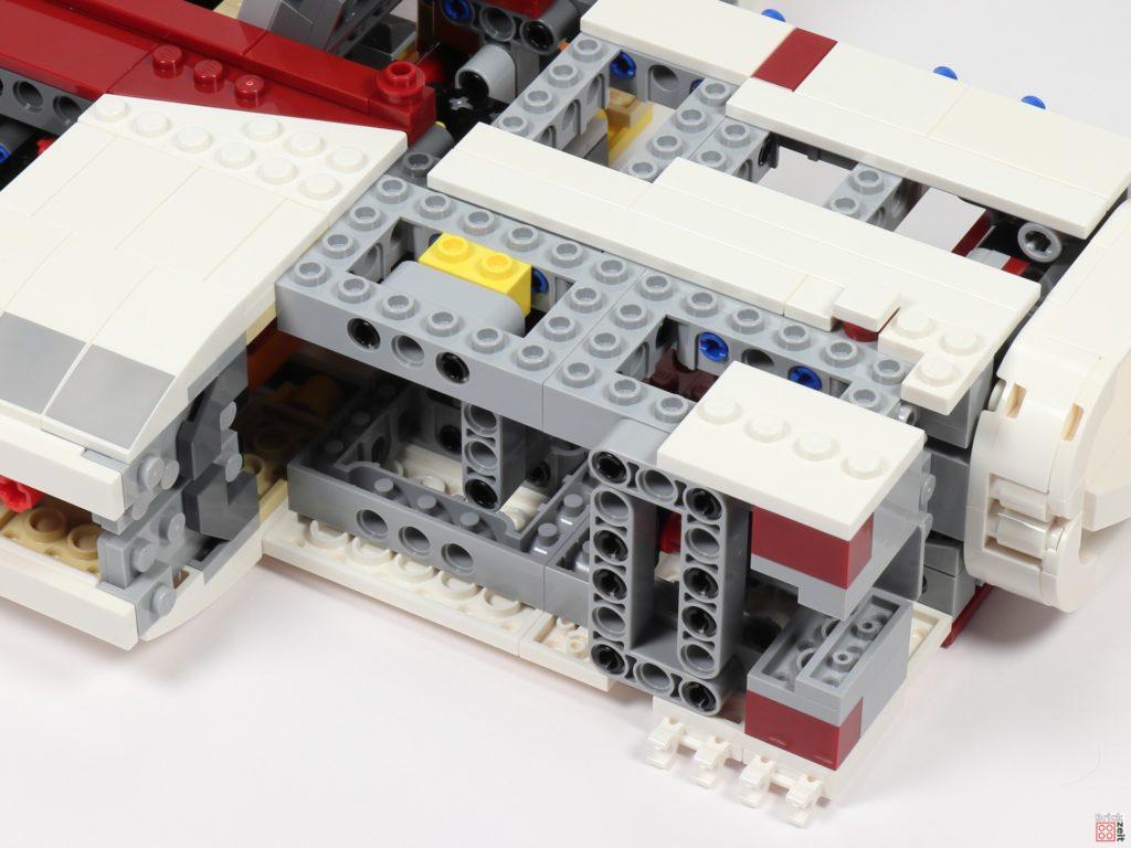 LEGO Star Wars 75275 - Bauabschnitt 05, Bild 12 | ©2020 Brickzeit