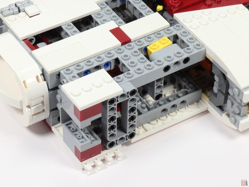 LEGO Star Wars 75275 - Bauabschnitt 06, Bild 02 | ©2020 Brickzeit