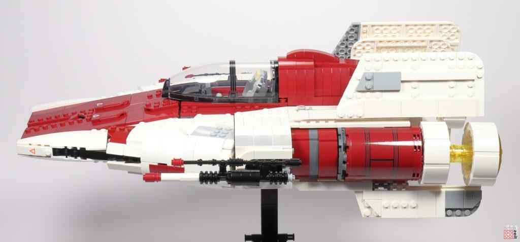LEGO Star Wars 75275 UCS A-Wing Starfighter, seitlich | ©2020 Brickzeit