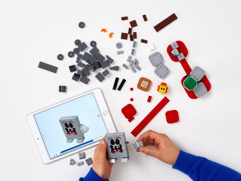 LEGO Super Mario 71364 Wummps Lava-Ärger – Erweiterungsset | ©LEGO Gruppe