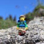 LEGO Wanderer beim Laber in Oberammergau | ©2020 Brickzeit