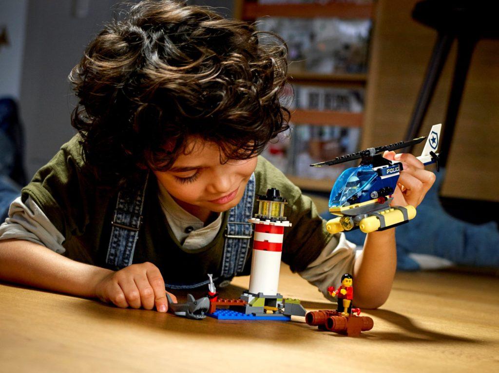 LEGO City 60274 Festnahme am Leuchtturm | ©LEGO Gruppe