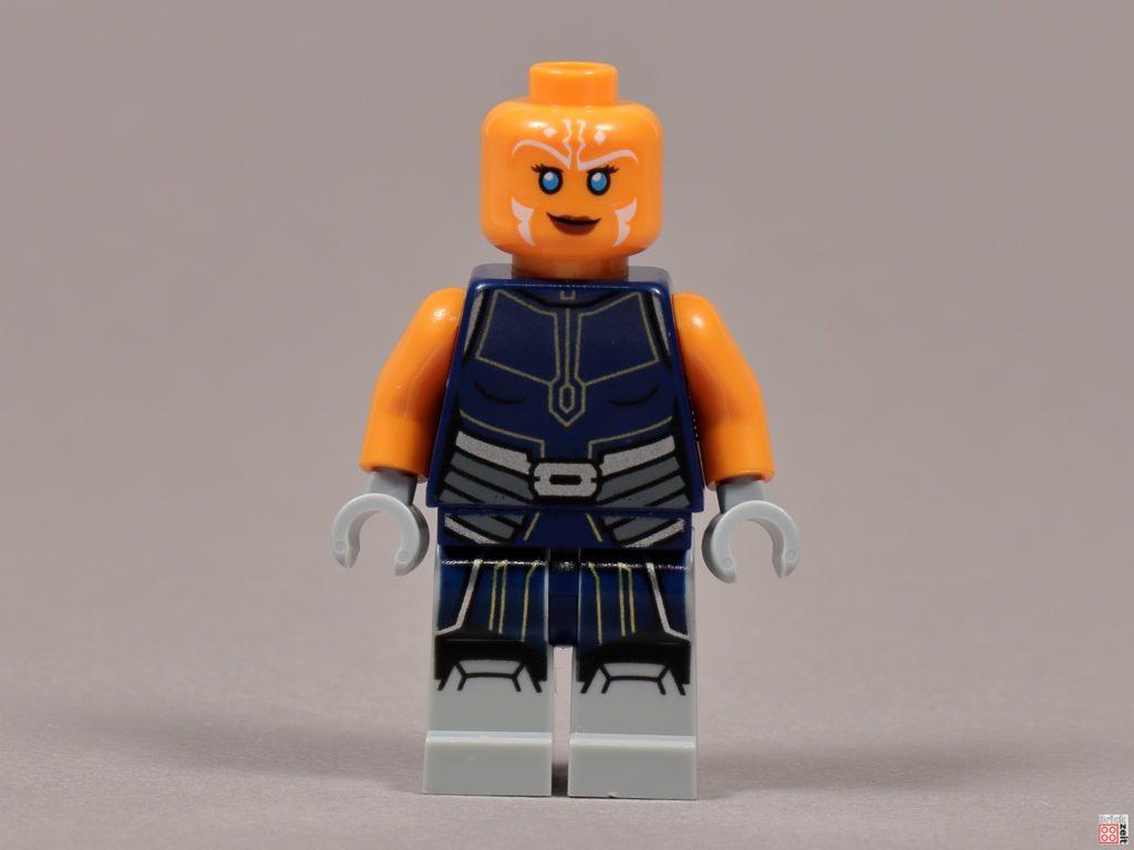 LEGO 75238 - Ashoka Tano, Vorderseite, ohne Kopfteil | ©2020 Brickzeit