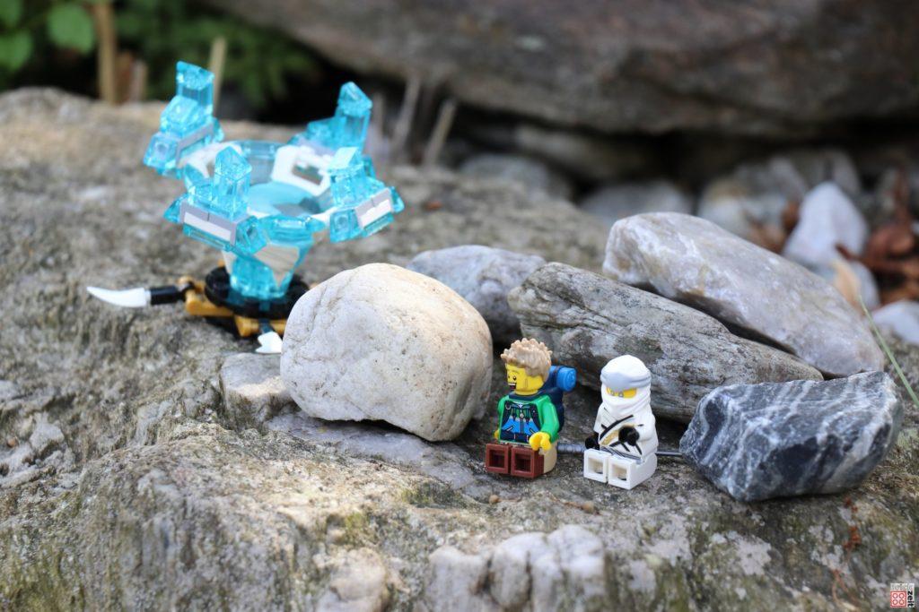 Ein kurzer Plausch zwischen Zane und dem Wanderer | ©2020 Brickzeit