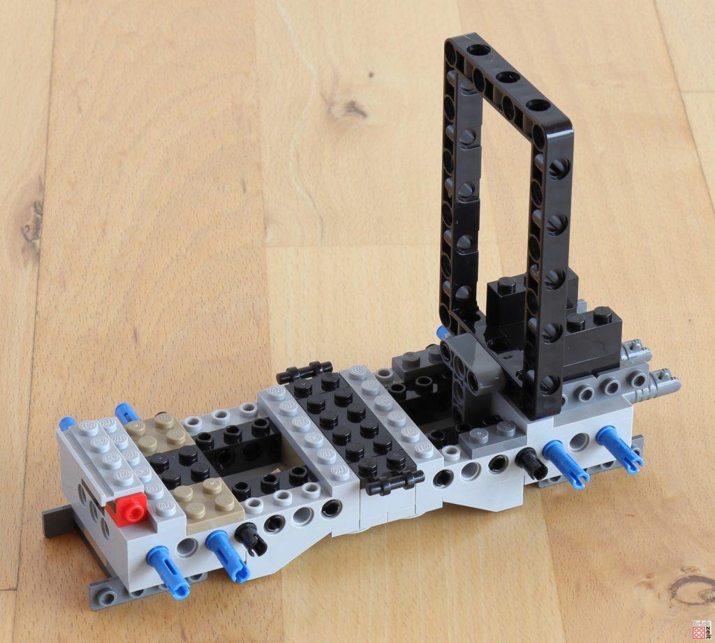 LEGO Technic Rahmen eingebaut | ©Brickzeit