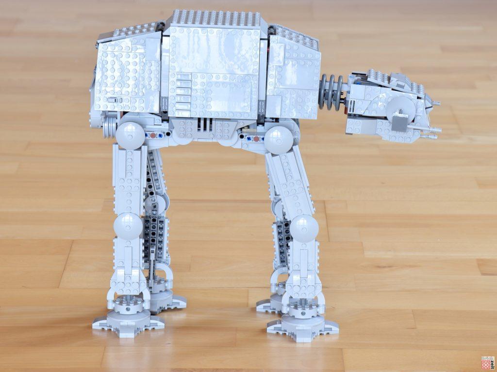 Rechte Seite des LEGO Star Wars 75288 AT-AT | ©Brickzeit