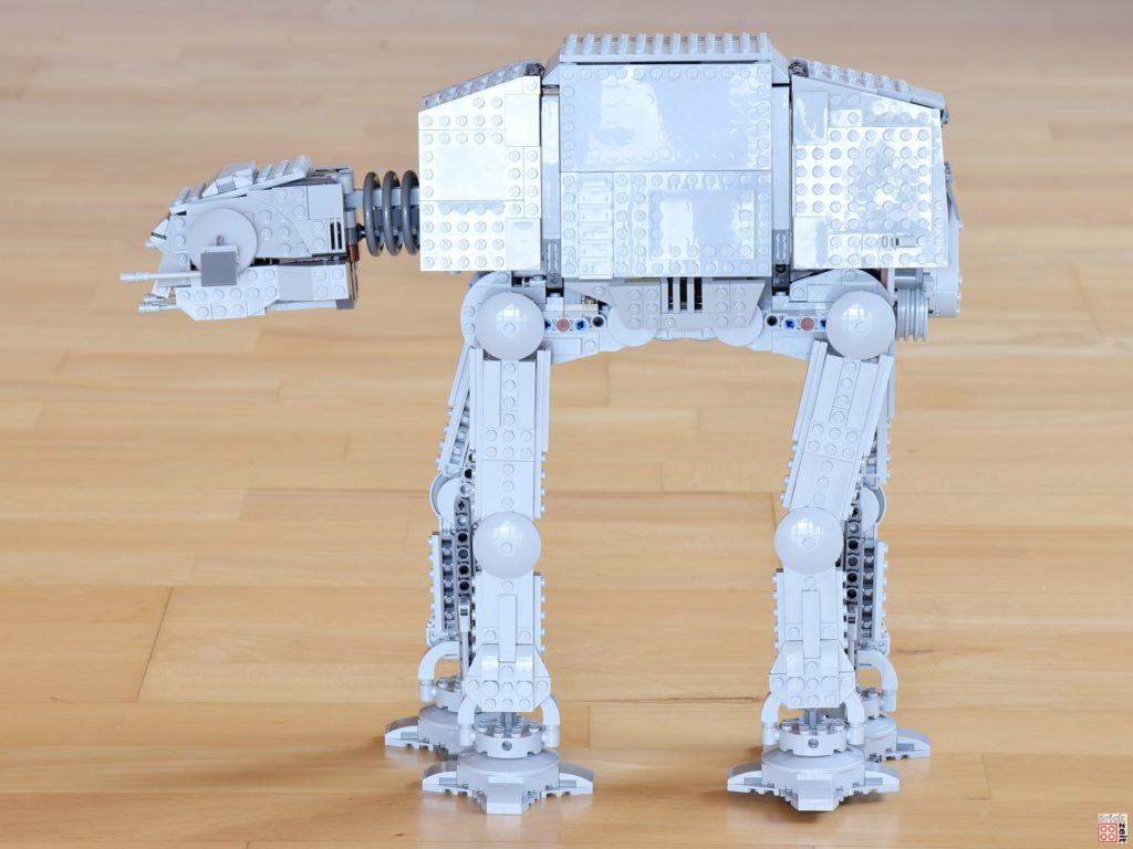 Linke Seite des LEGO Star Wars 75288 AT-AT | ©Brickzeit