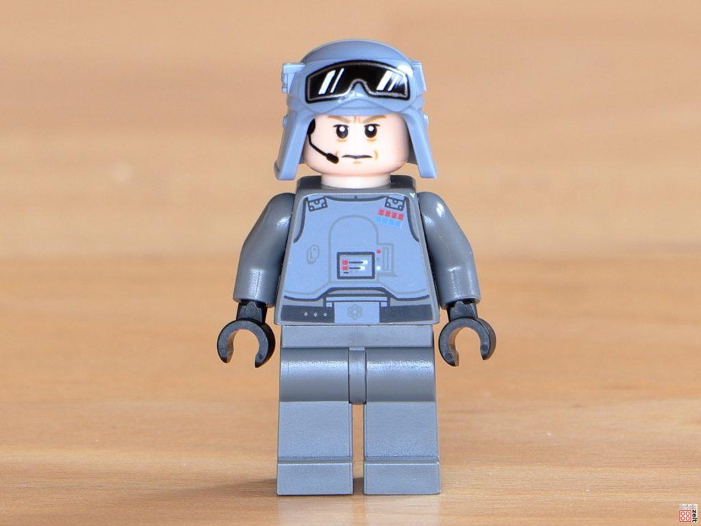 Vorderseite LEGO General Veers | ©Brickzeit