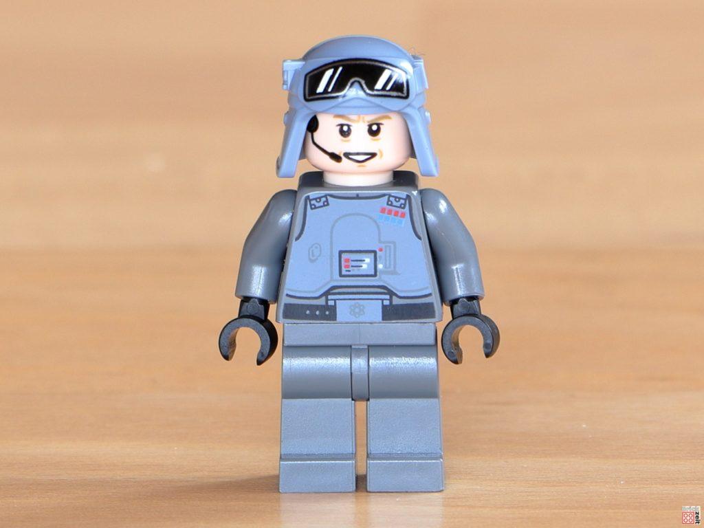 LEGO General Veers mit lächelndem Gesicht | ©Brickzeit