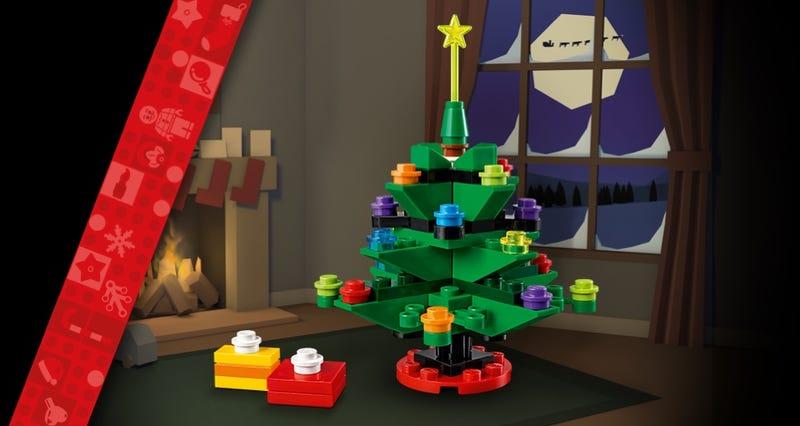 LEGO 30576 Weihnachtsbaum am LEGO Black Friday 2020 | ©LEGO Gruppe