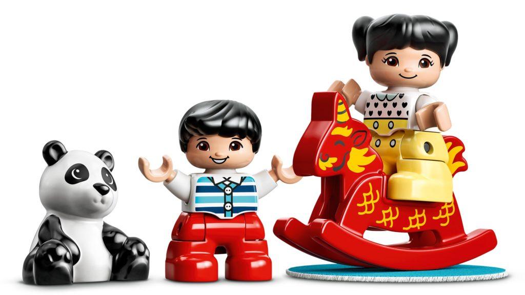 LEGO DUPLO 10943 Glückliche Kindheitsmomente | ©LEGO Gruppe