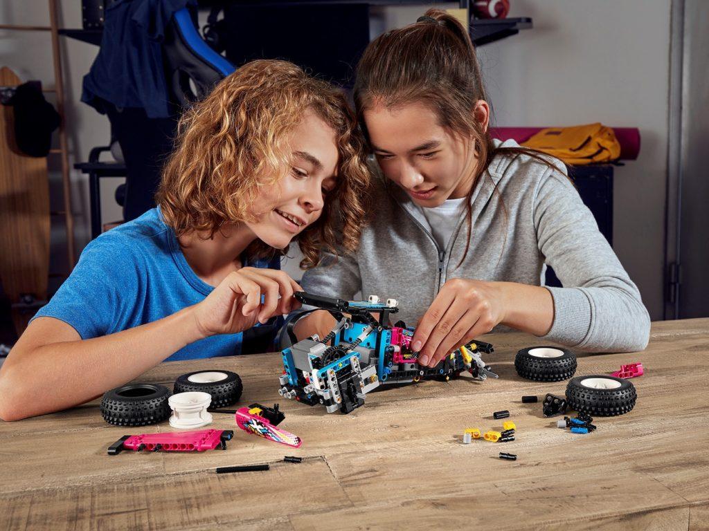 LEGO Technic 42124 Geländewagen   ©LEGO Gruppe