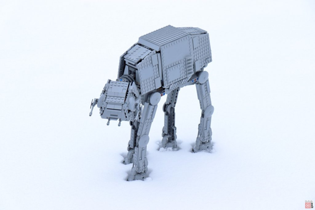 LEGO AT-AT im Schnee | ©Brickzeit