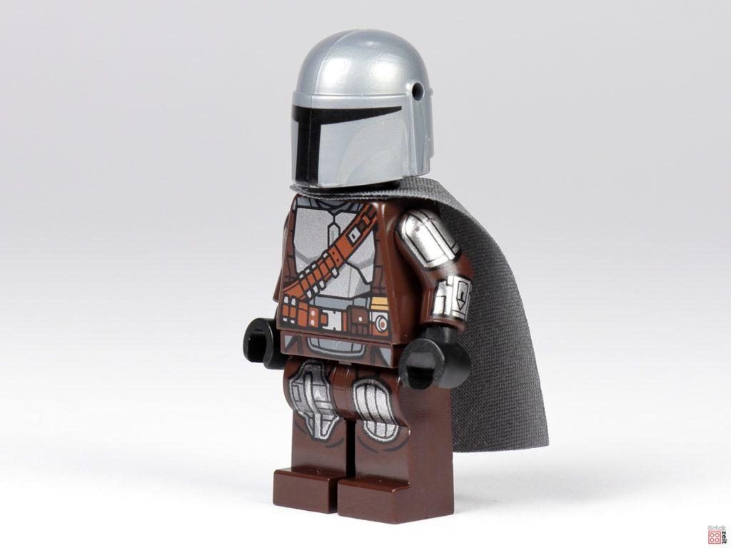 LEGO 75299 - Der Mandalorianer in Beskar-Rüstung, vorne links | ©Brickzeit