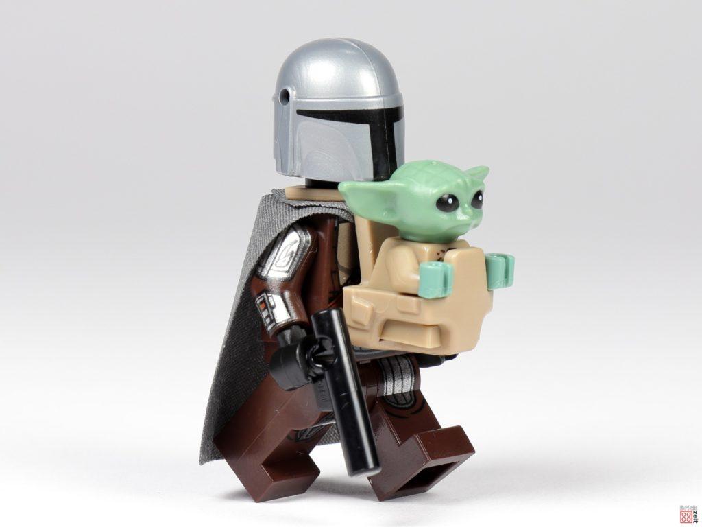LEGO 75299 - Der Mandalorianer mit Grogu in Tasche | ©Brickzeit