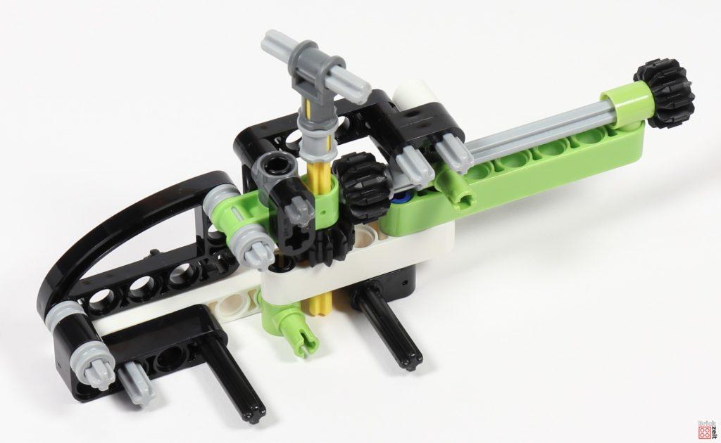 LEGO Technic 30465 Helikopter im Bau 04 | ©Brickzeit
