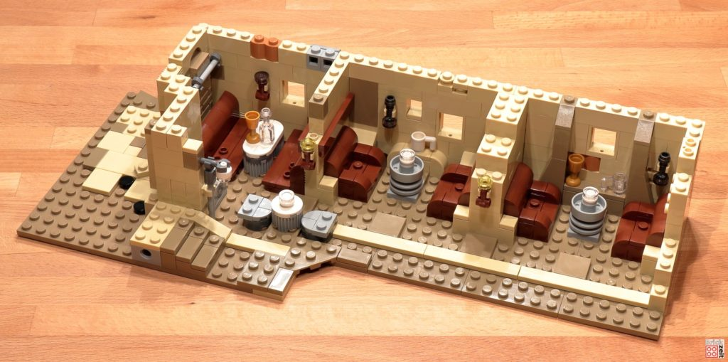 LEGO 75290 - Cantina, Bauabschnitt 6 | ©Brickzeit