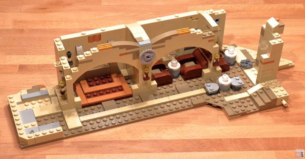 LEGO 75290 - Cantina, Bauabschnitt 12 | ©Brickzeit