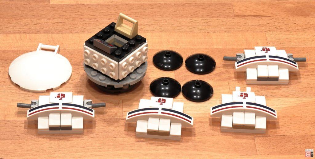 LEGO 75290 - Cantina, Ubrikkian 9000 Pod in Teilen | ©Brickzeit