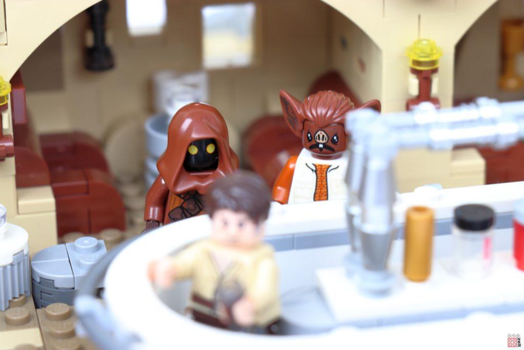 Der Jawa und Kabe bestellen einen Drink | ©Brickzeit