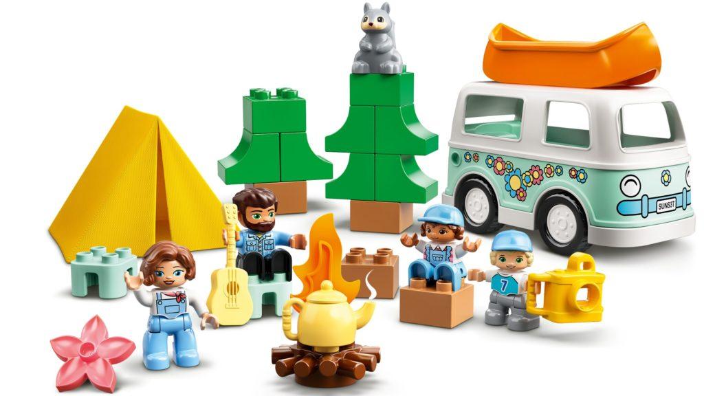 LEGO DUPLO 10946 Familienabenteuer mit Campingbus | ©LEGO Gruppe