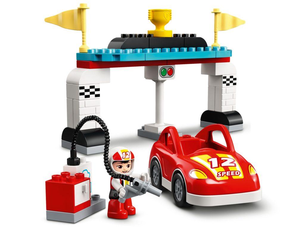 LEGO DUPLO 10947 Rennwagen | ©LEGO Gruppe