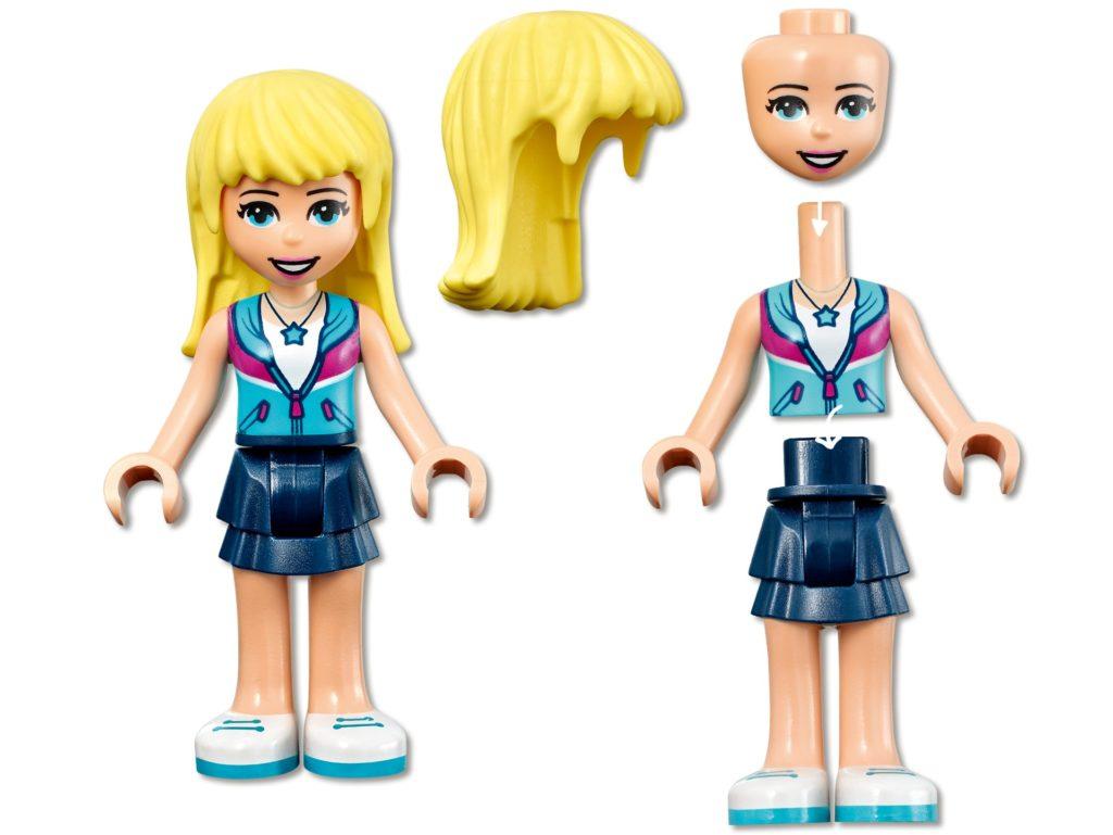 LEGO Friends 41681 Wohnmobil- und Segelbootausflug | ©LEGO Gruppe