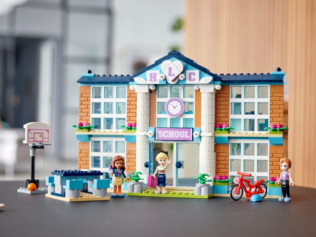 LEGO Friends 41682 Heartlake City Schule | ©LEGO Gruppe